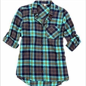 New C&C California Turquoise Plaid Button Down Top